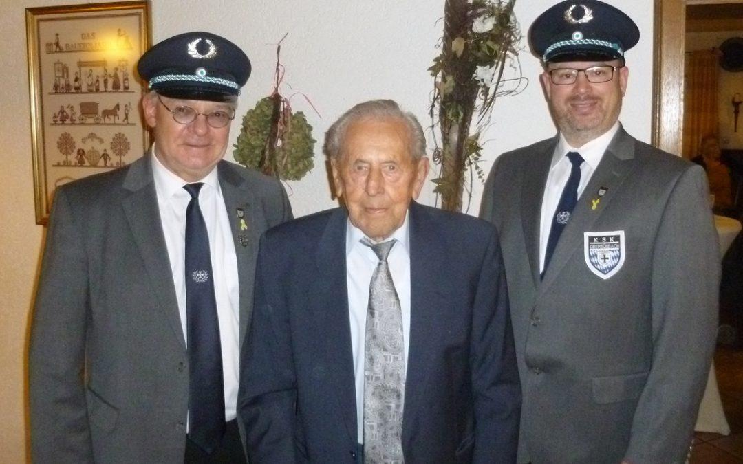 Kriegsteilnehmer feiert 95. Geburtstag